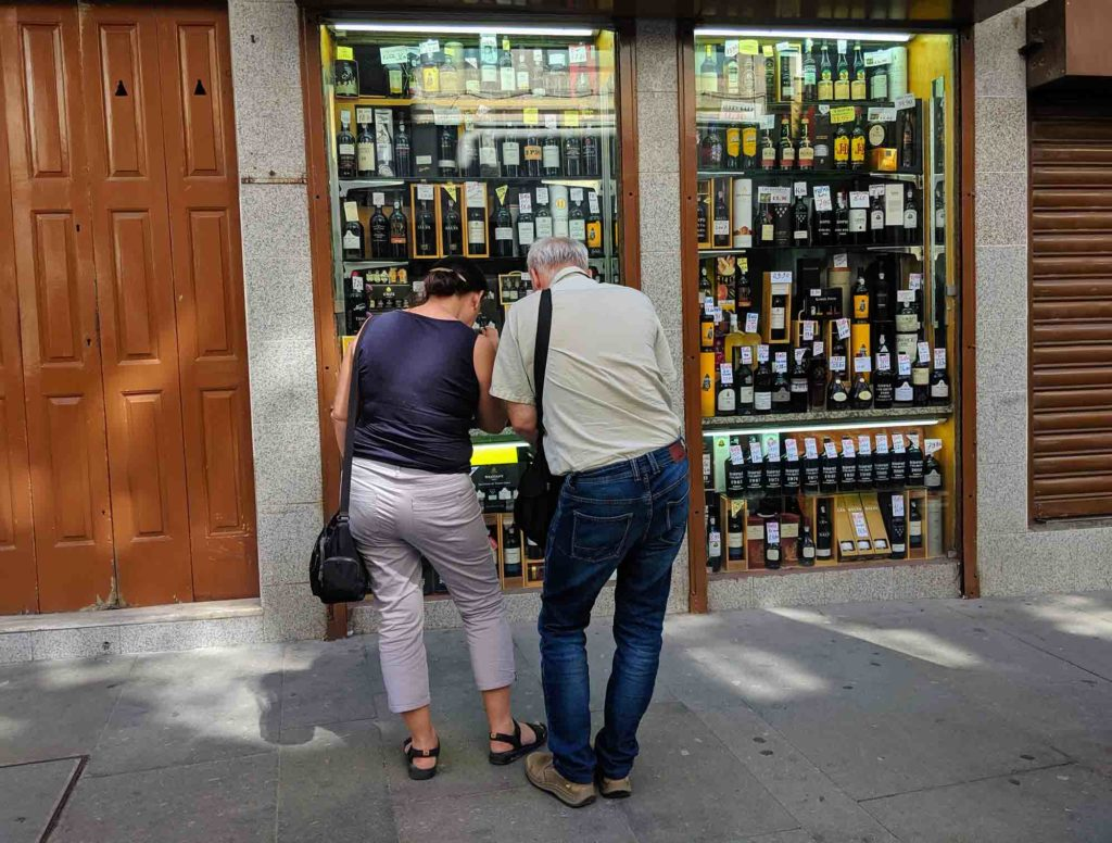 Buying Port wine can be a little overwhelming, especially if it's your first time