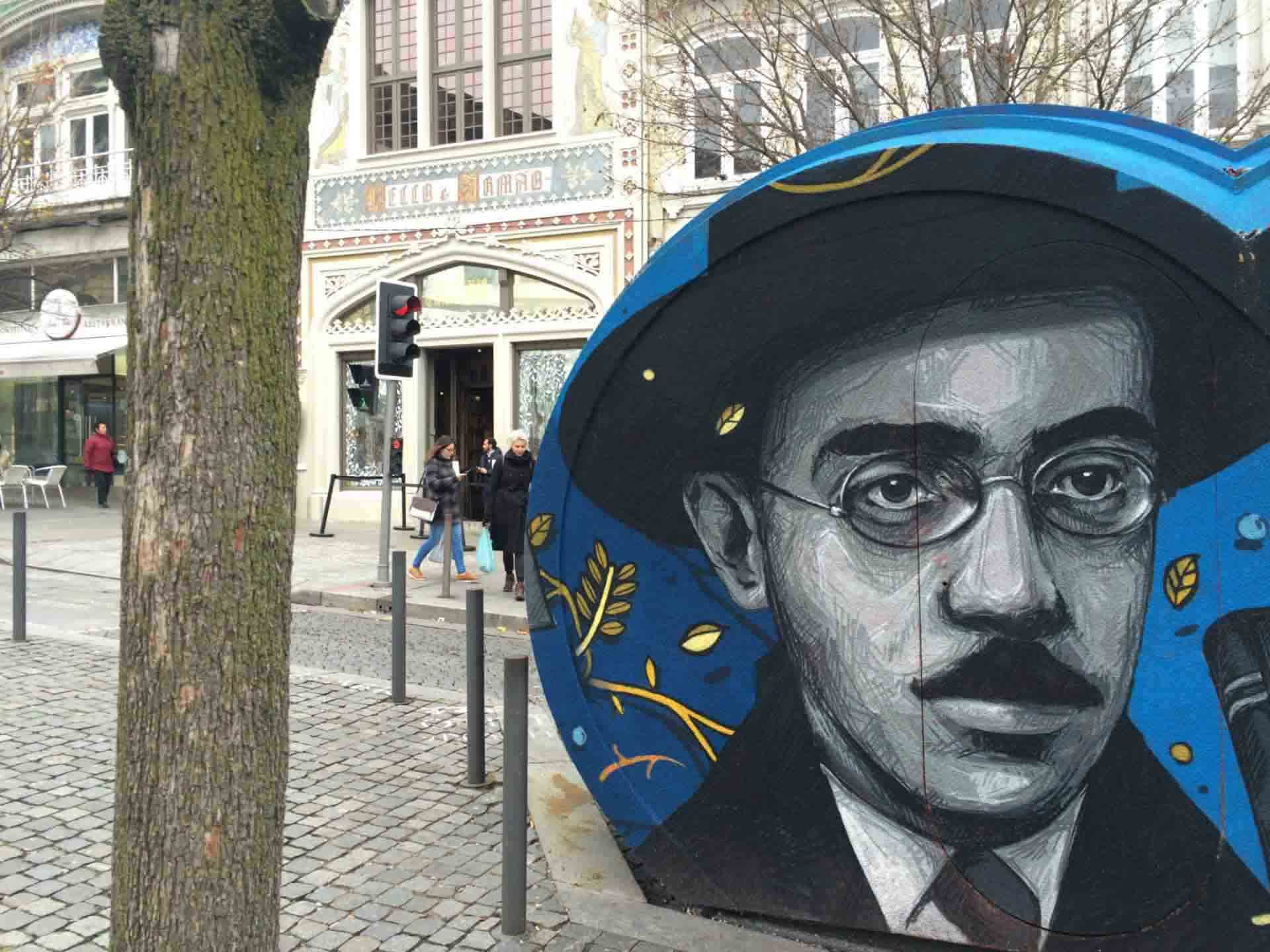 Fernando Pessoa and Harry Potter are both style icons in Porto