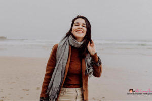 Learning European Portuguese in 6 Months: An Interview With Mia Esmeriz
