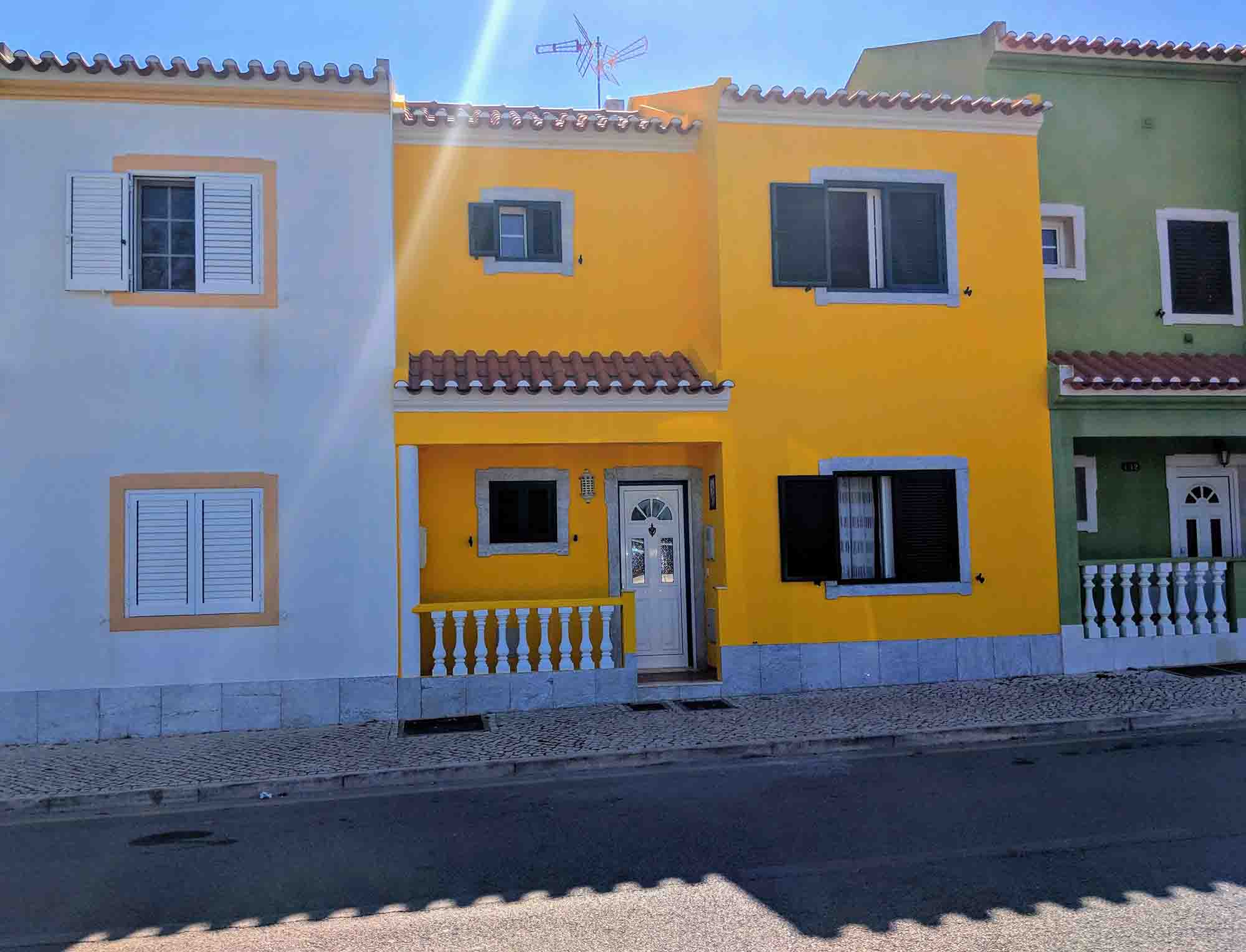 Monte Gordo cottages