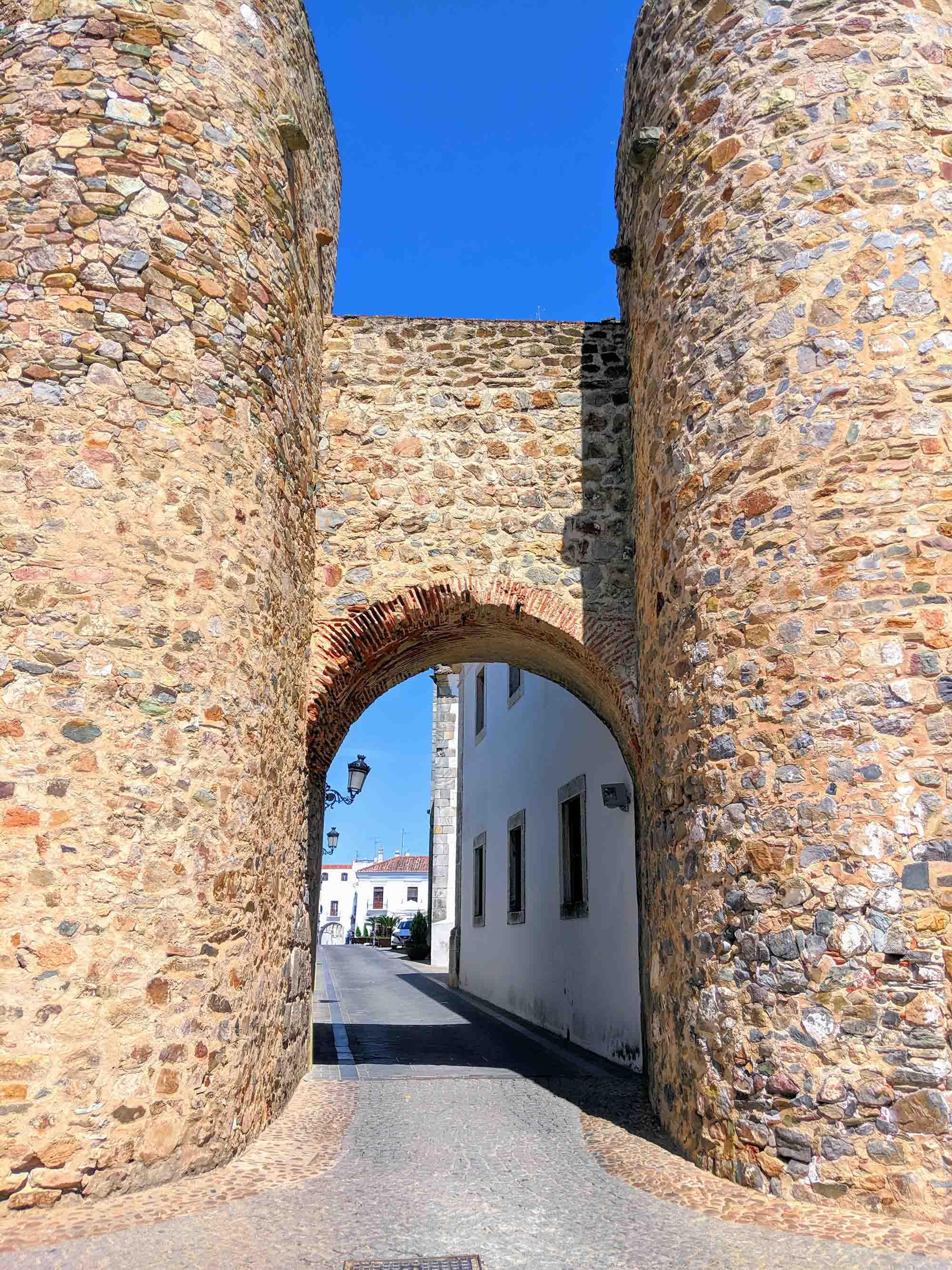Olivenza old walls