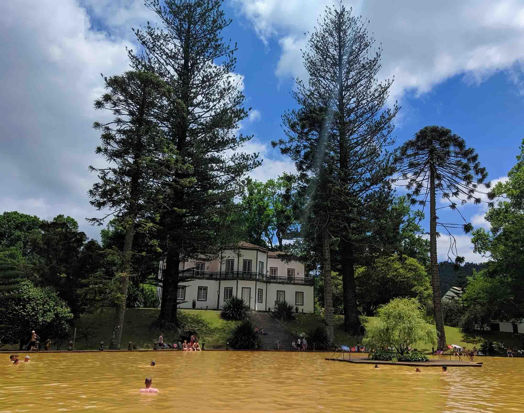 Parque Terra Nostra main pool