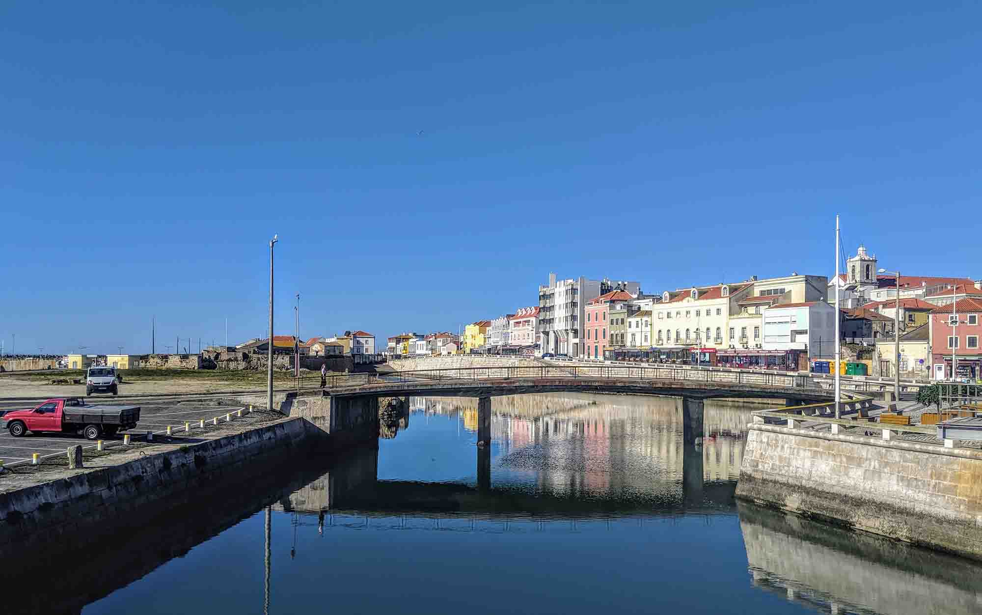 Peniche bridge