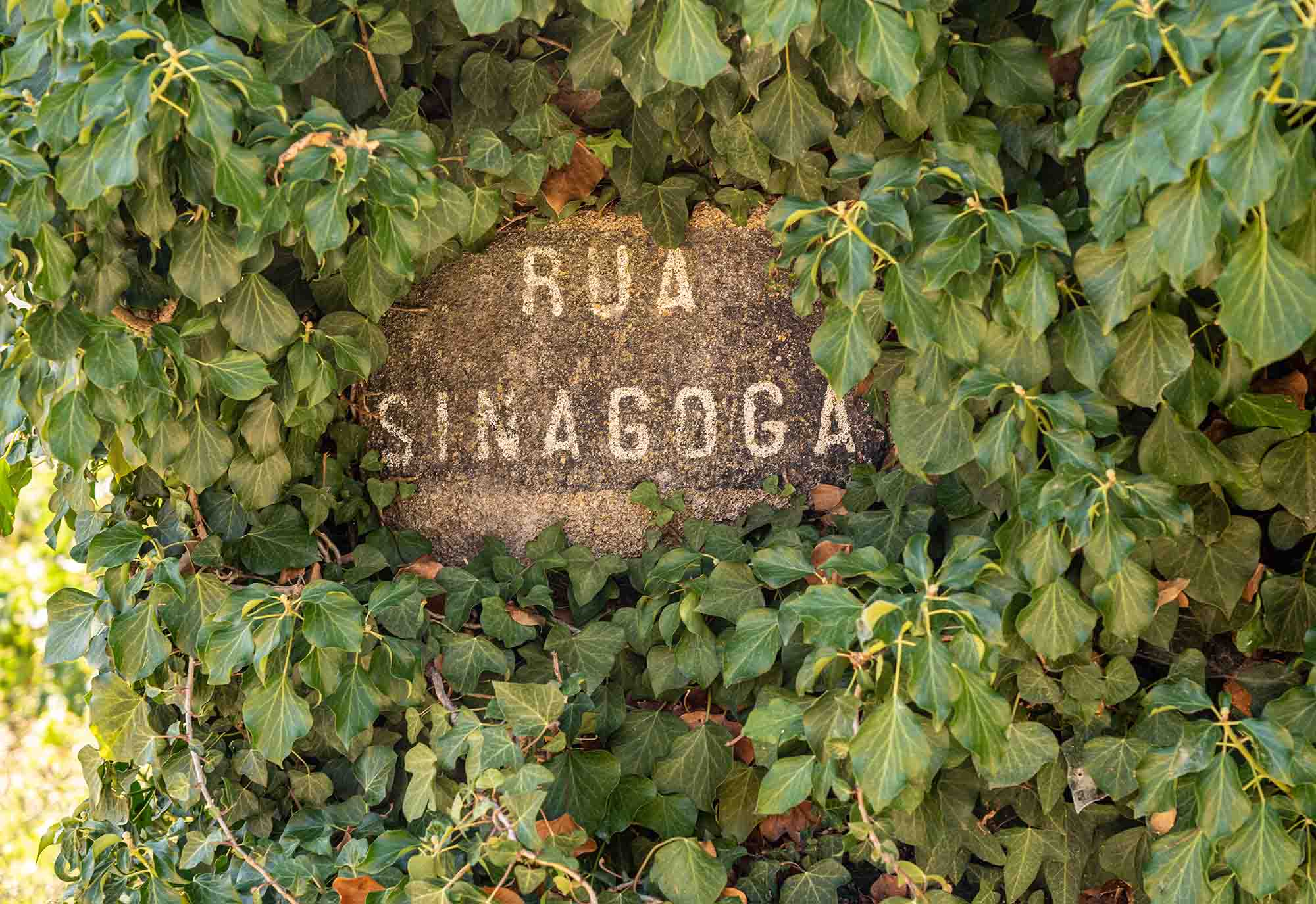 A sign for Rua Sinagoga (or Synagogue Street) in Castelo Rodrigo in Portugal