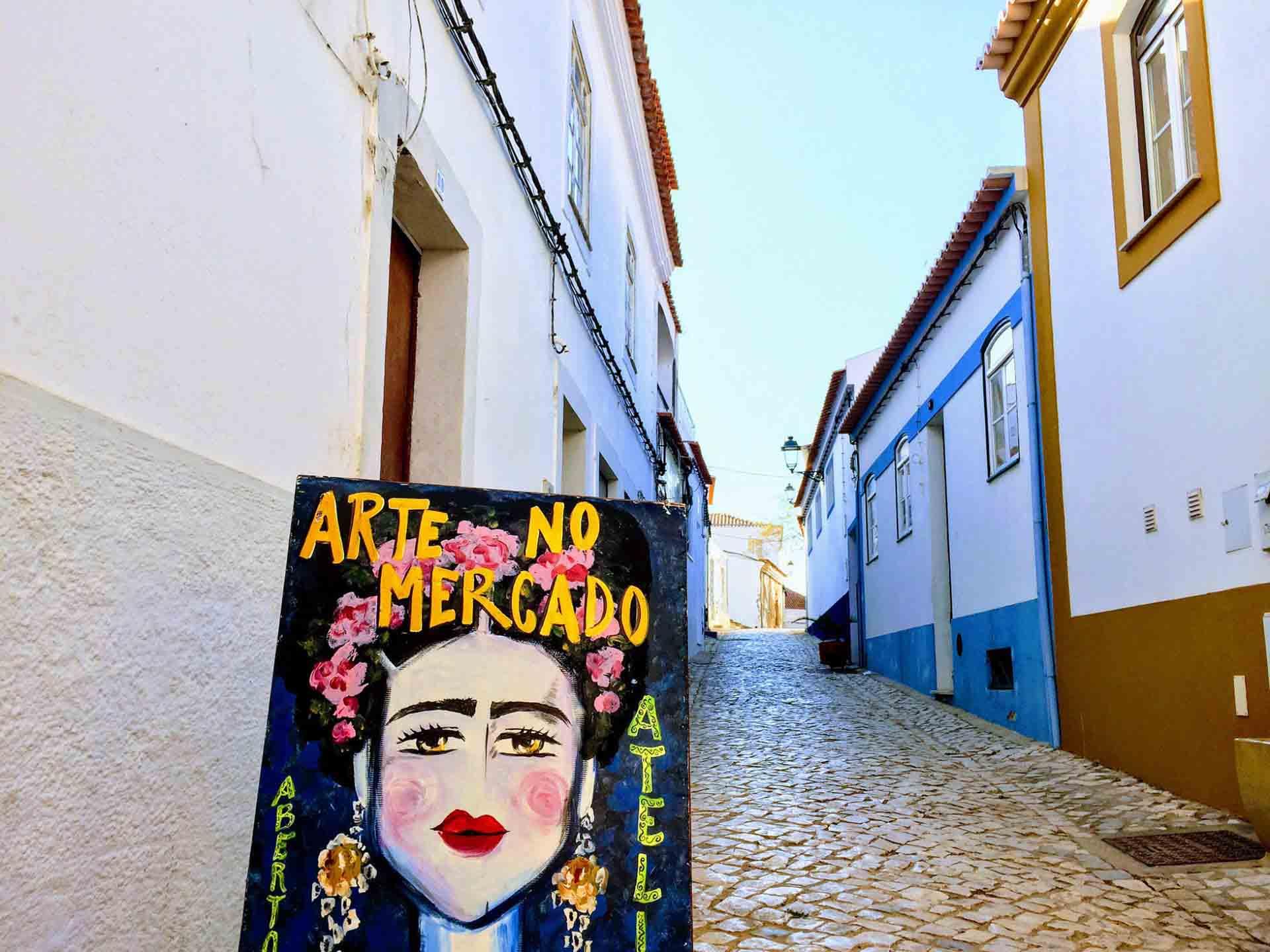 Street-in-Ferragudo_mini