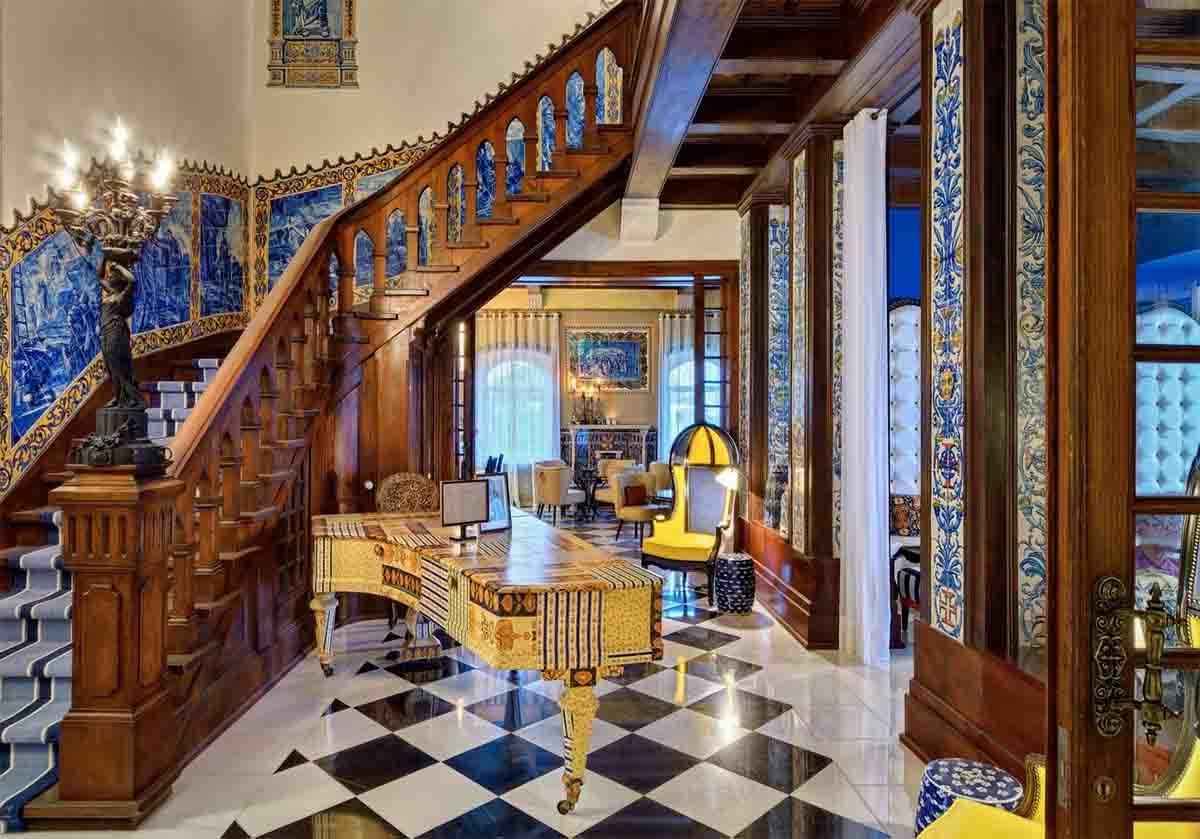 bela vista hotel and spa hallway