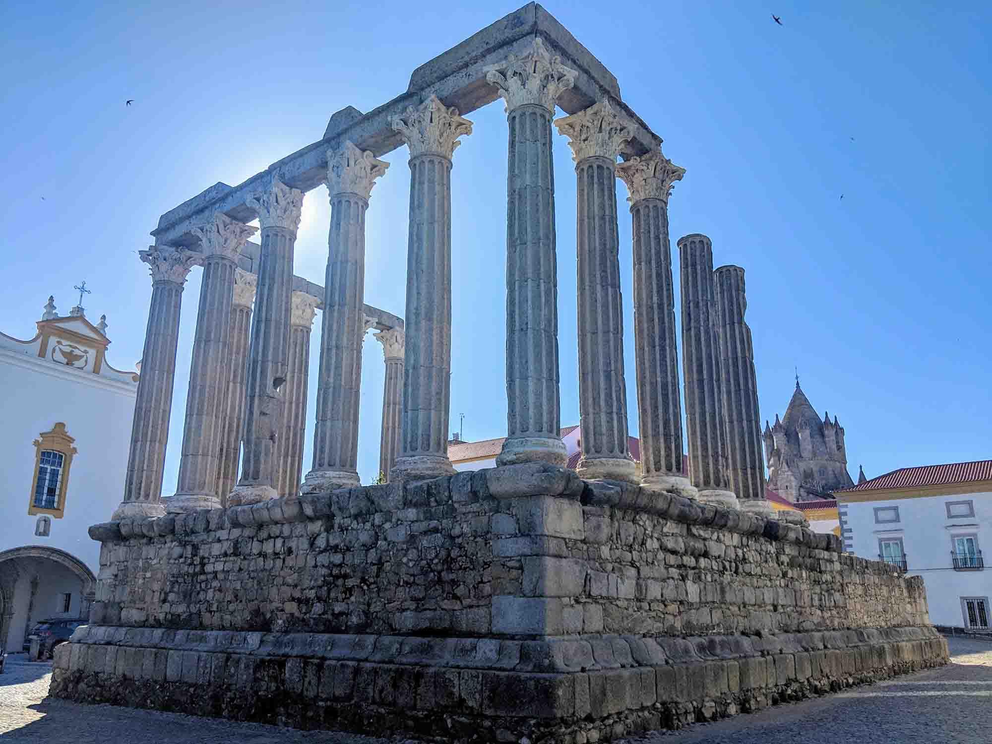 evora roman ruins