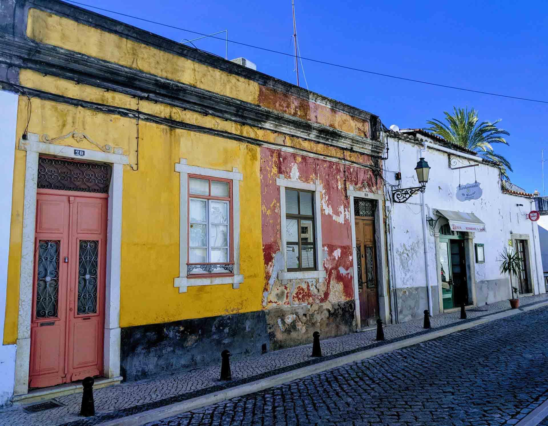 A street in Faro