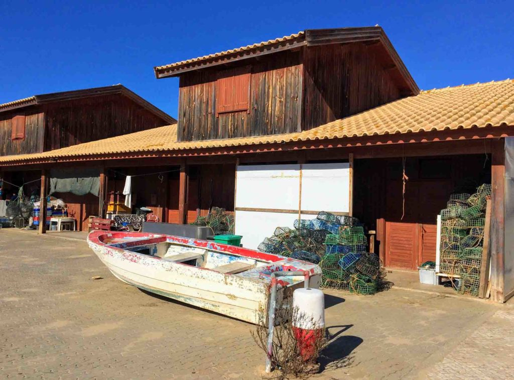 fishermans huts alvor