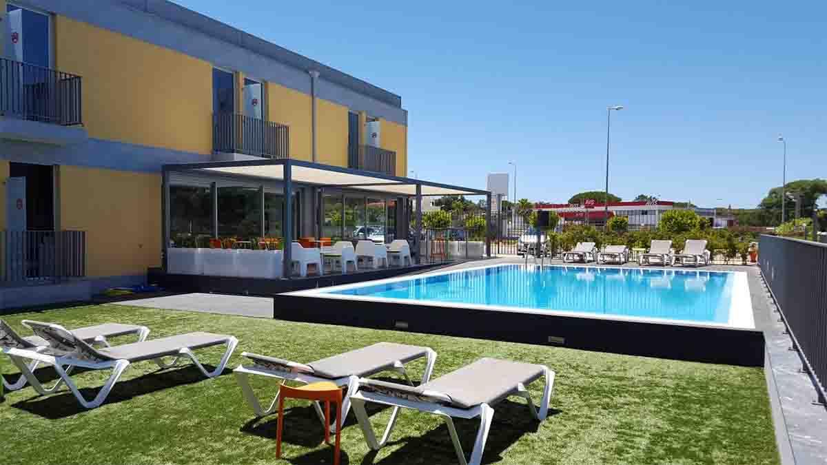 hotel 3k faro airport pool