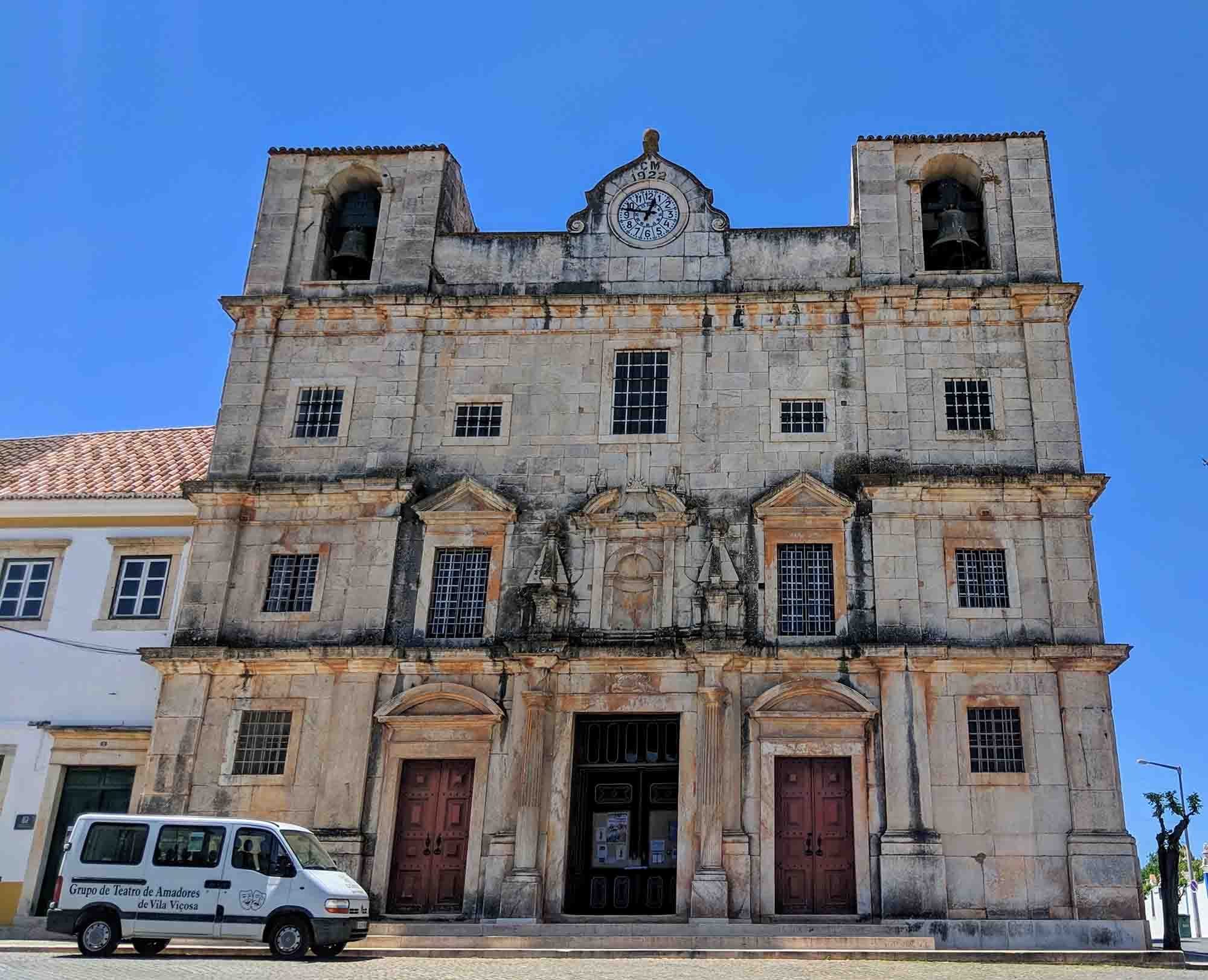 igreja de sao bartolomeu vila vicosa