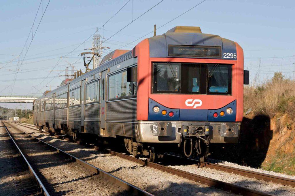 portugal-train