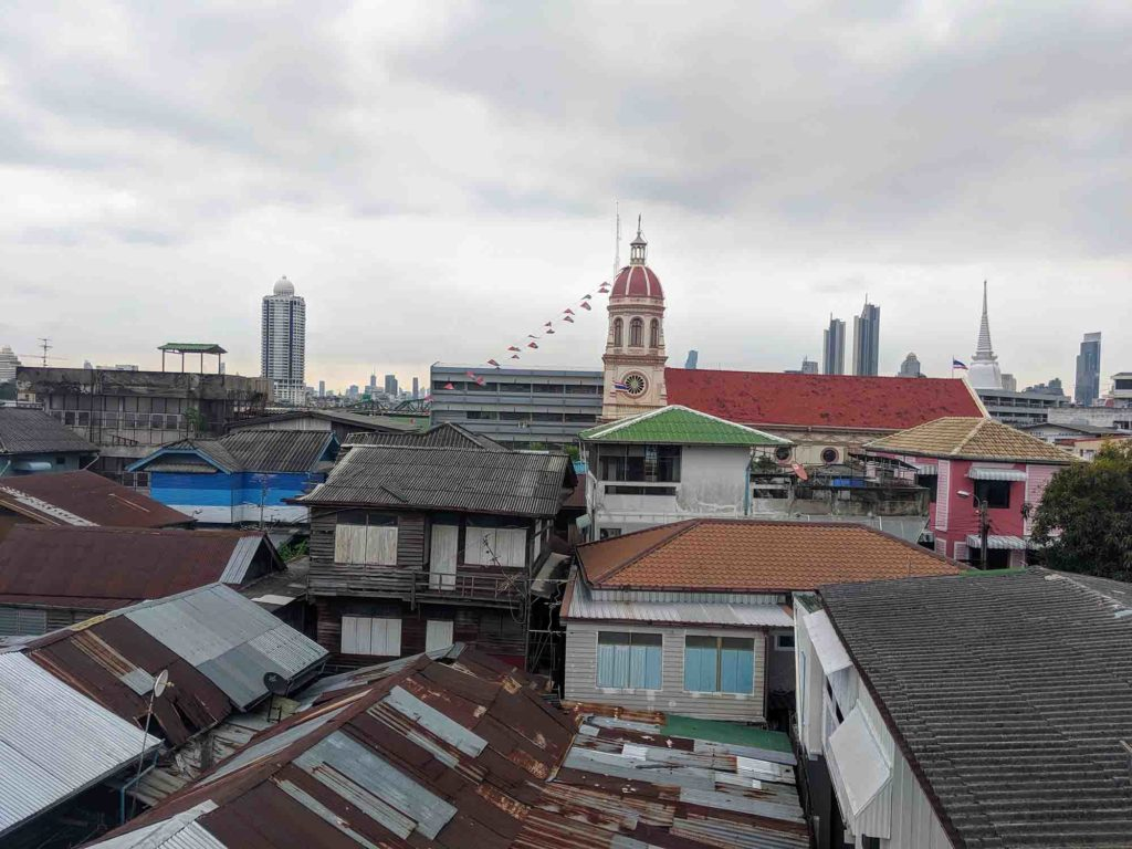 rooftops of Kudeejeen
