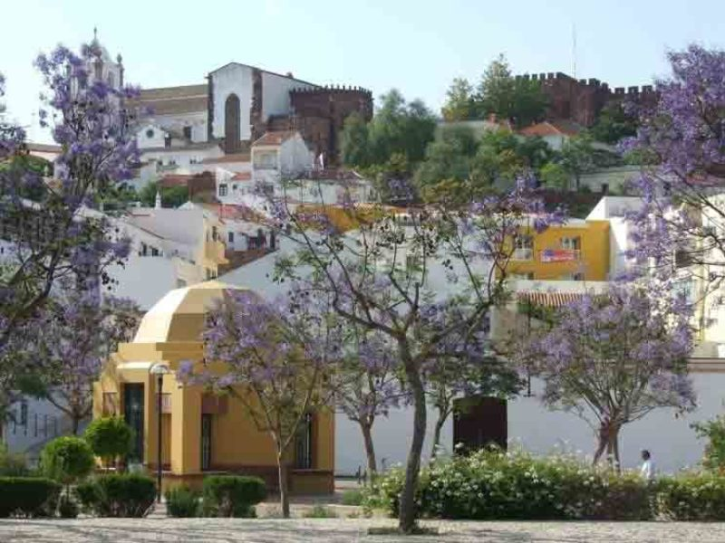 What it's like to live in Silves, Algarve