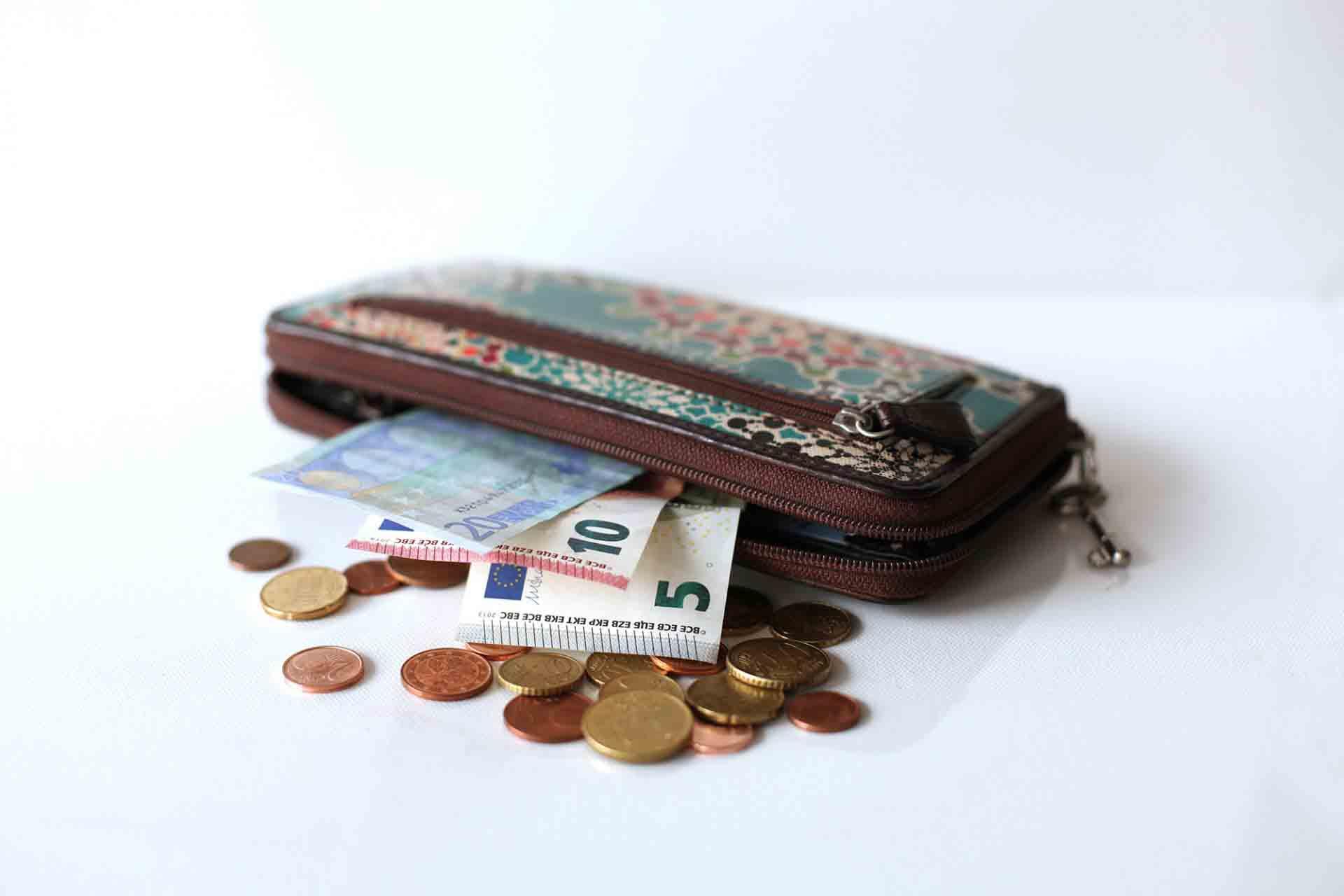wallet-euros